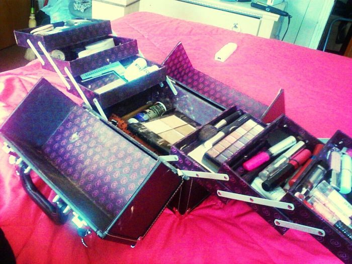 My Big Ole Makeup Box {:
