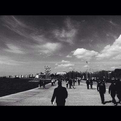 • Head in the clouds but my gravity's centered • Skg Ig_thessaloniki Ig_greece Ig_greekshots VSCO Vscocam Vscobw Bnw Bnw_greece Thessaloniki Strolls