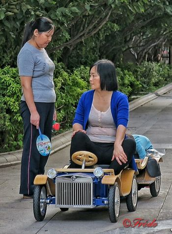 Contrôlr Routier Transportation Mature Adult On The Road Against On The Road Again Toy Sur La Route Street Photography Streetphoto_color This Is Beijing China Photos Road BEIJING北京CHINA中国BEAUTY
