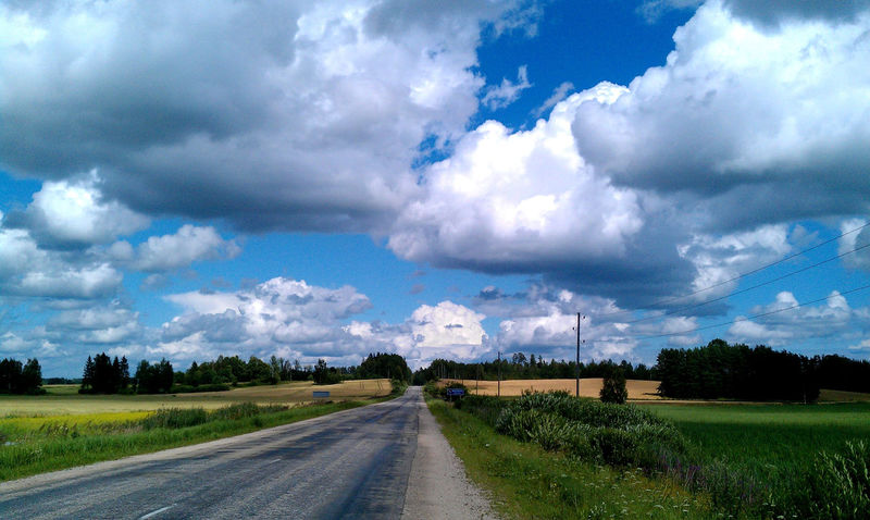 Cesvaine Cloud - Sky Country Road Der Himmel über Lettland Diminishing Perspective Latvia Latvija Lettland  On The Road On The Way Riga Rural Scene The Sky Above Latvia The Way Forward Towering Clouds Travelling The Baltic States Vanishing Point
