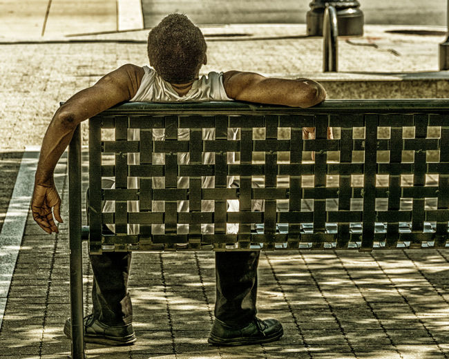 Hot and tired Check This Out Hanging Out Taking Photos People People Photography Peoplephotography Stranger Bench Benchlovers Urban Urbanexploration Urbanexplorer City City Life Nikon Nikonphotography Eyeemphotography EyeEm Best Shots EyeEm Best Edits Coolpic Raleigh