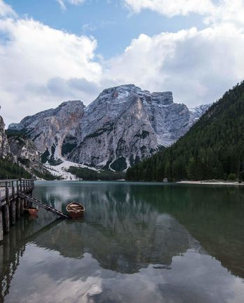 lago di braies EyeEm Selects Lake Reflection Mountain Water Tree Sky Pinaceae Landscape Scenics Nature Outdoors Cloud - Sky Beauty In Nature Tranquil Scene Waterfront Tranquility Idyllic Mountain Range Travel Destinations