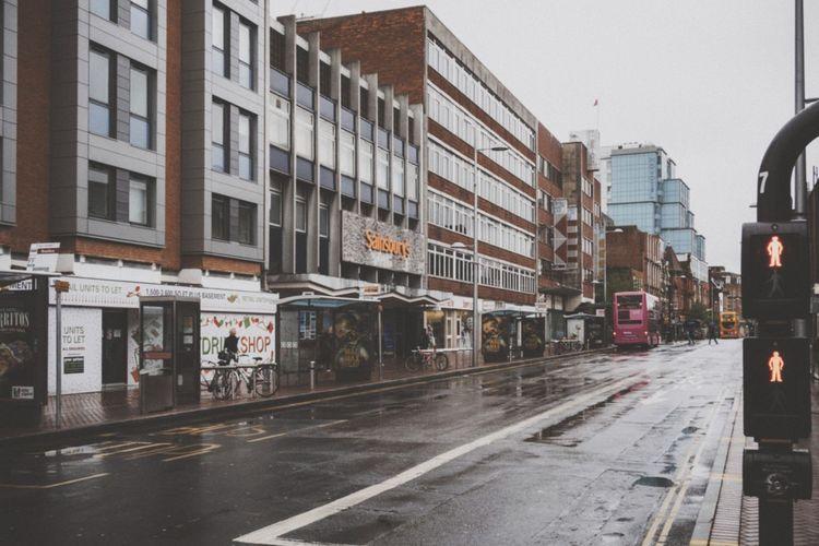 Friar Street, Reading. Streetphotography reading_uk architecture Rain Rainy Day
