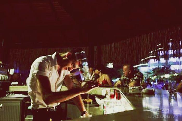Naturephotography It'sme Makelongisland Timetokokteyl Poolbar Bartender Summernight Nerede Alanya&long Beachresort😉