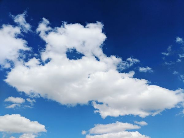 Flying Blue Backgrounds Sky Cloud - Sky Close-up