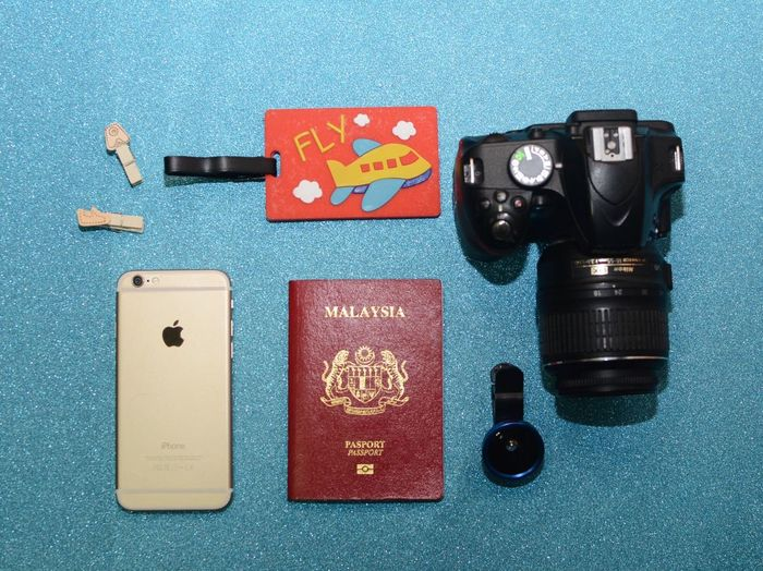 flatlays Flatlayoftheday Flatlays Flatlay Flat Technology Camera - Photographic Equipment Photography Themes High Angle View Indoors  Table Still Life Arts Culture And Entertainment No People Retro Styled Photographic Equipment Leisure Games Colored Background Camera Blue Directly Above Digital Camera Close-up Antique Gambling Chip