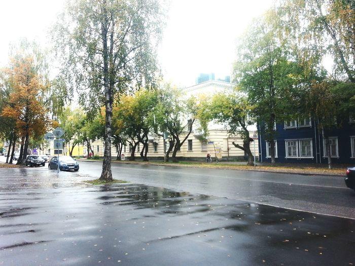 SEPTEMBER🍃🍂🍁 Taking Photos Enjoying Life Street Photoshoot September Rain Autumn Walked  Autumn Colors