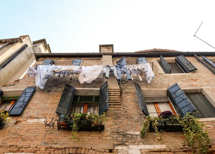 House Clothesline Building Exterior Architecture Laundry Window Residential Building Built Structure Drying No People Outdoors Day Sky Venice