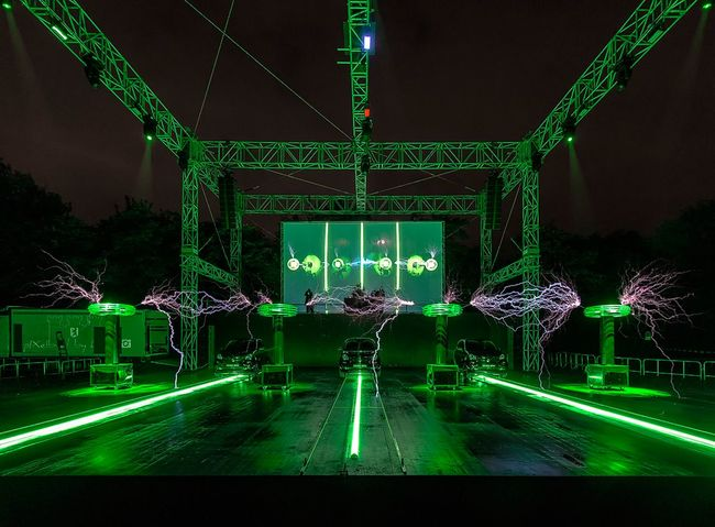 -]|- e-n-e-r-g-i-z-e-d-|[- Berlin My Fuckin Berlin Berliner Ansichten City Nightphotography Festival Of Lights Festival Of Lights 2016 Illumination After The Rain City Lights Night Lights Reflection Electricity  Tesla Coil Tempelhof