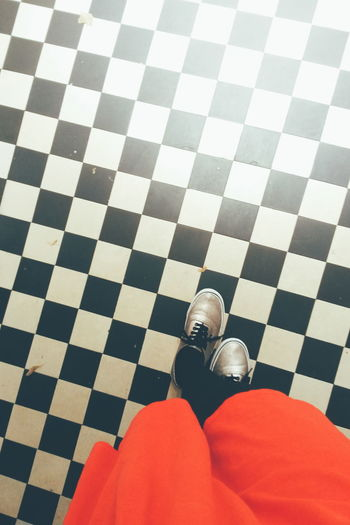 Backgrounds Color Contrast Dress Sneakers Vans Match Checked Canvas Shoe Human Feet Things That Go Together Tiled Floor Human Foot Footwear Tile