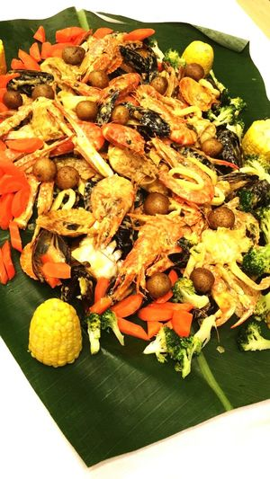 shellout butter flavour Food And Drink Healthy Eating Freshness Seafoods Food Shellout Prawns Squid Clams Indoors  No People High Angle View Vegetable Ready-to-eat Close-up Day