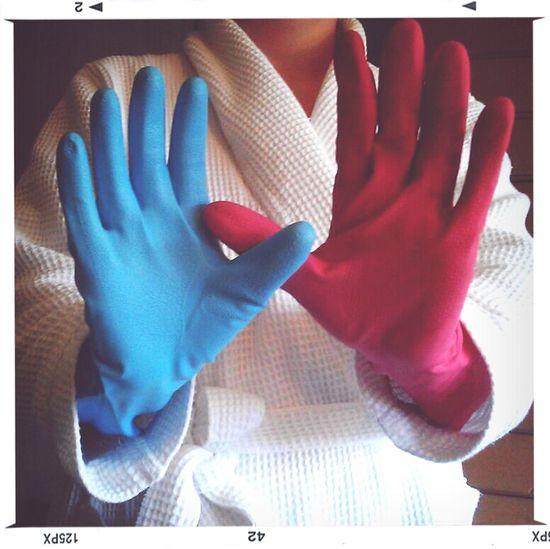 Mismatching Gloves
