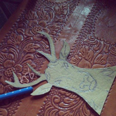 Money in the Jungle Leather Sketch Pencil Papper Chisel Deer *ngamal*