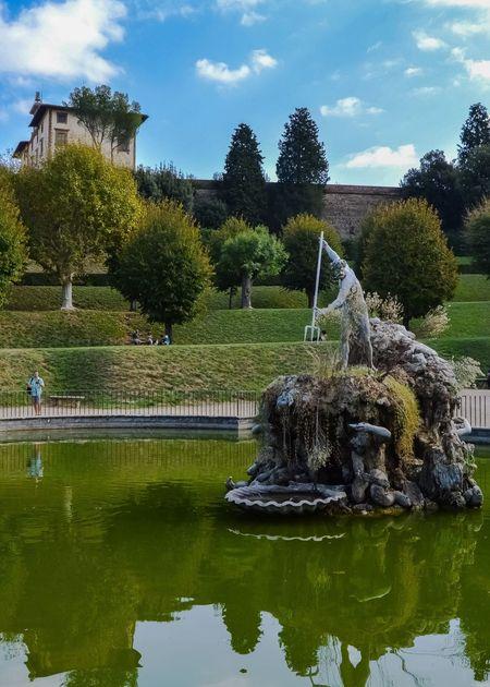Fuente de Neptuno, Jardines Bóboli (Florence - Italy) Tree Water Sky Outdoors Reflection Fountain Neptune Tranquil Scene Boboli Garden Travel Tourism Sculpture Statue Florence Italy