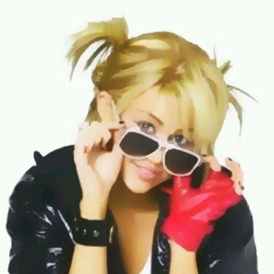 @mileycyrus @linilove0o @mileycyrusfan92 Milesbians Mileyisnotugly Mileycyrus NoHateforMiley smiler smilers hannahmontana made with Sketch guru*.*