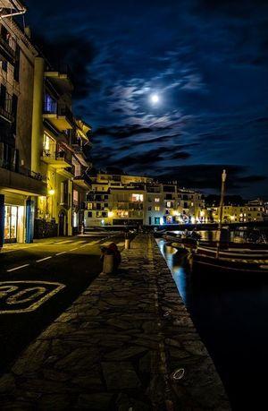 Cae la noche en Cadaqués Enjoying The View Taking Photos Enjoying Life