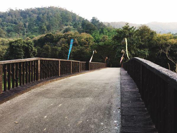 Bridge Mountain Mountains In The Evening Traveling Traveling In Thailand Chaing Mai Thailand