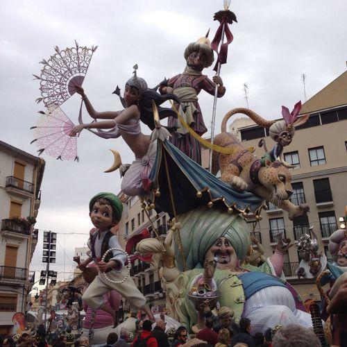 Valencia En Fallas