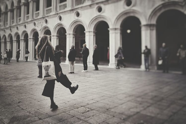 Test before the walk   People Walking  Performance Art Palazzo Ducale Venezia Hamish Fulton Black And White Monochrome Picturing Individuality Repetitive Walk Showcase: November Getting Inspired EyeEm Italy  