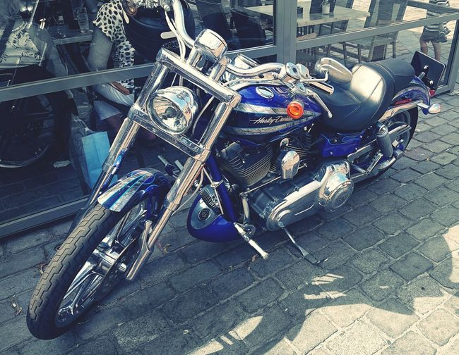 when you C a nice #Motorcycle #HarleyDavidson in town