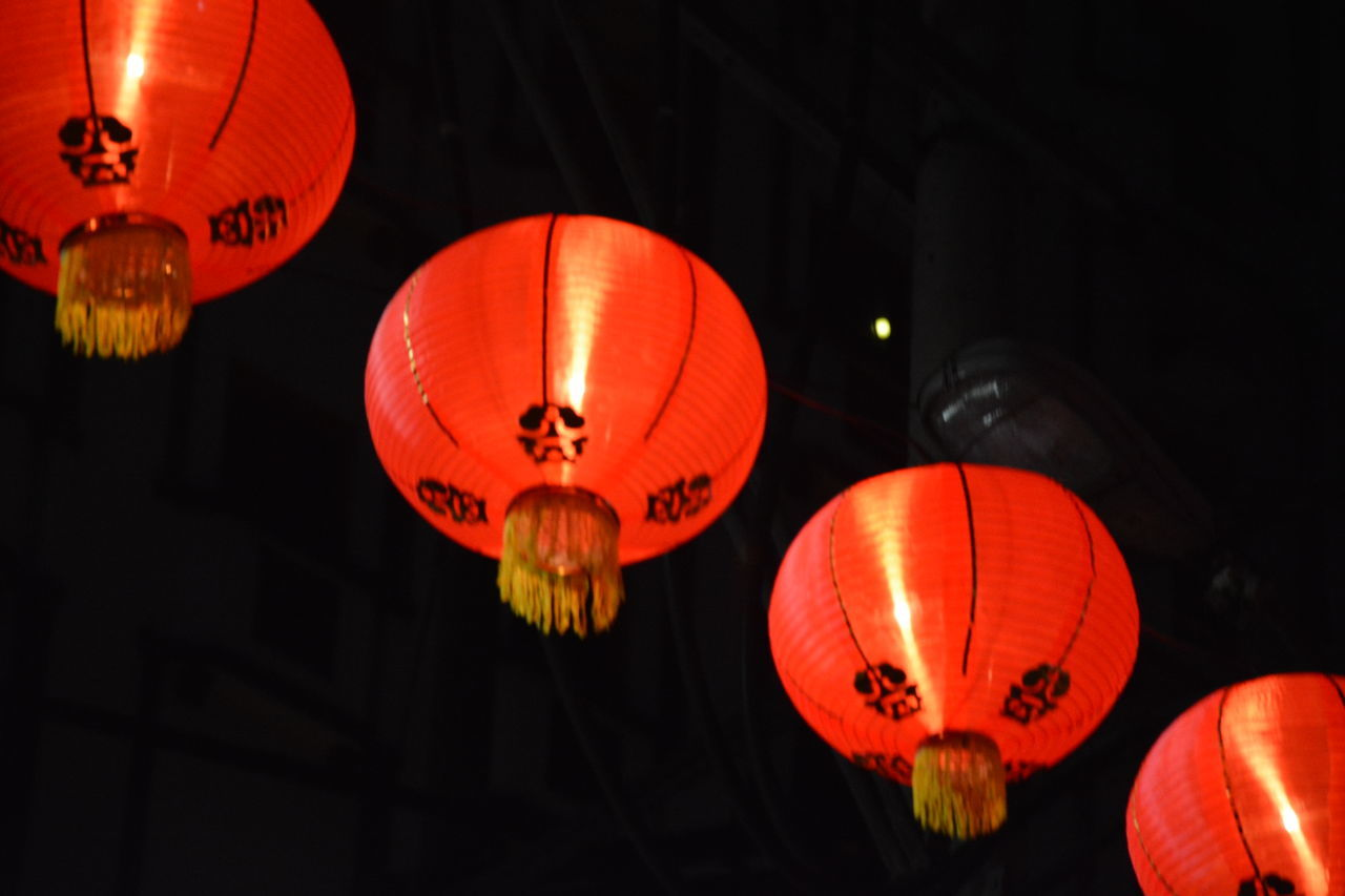 lantern, illuminated, chinese lantern, lighting equipment, low angle view, celebration, hanging, red, chinese new year, decoration, traditional festival, festival, chinese lantern festival, night, no people, event, repetition, outdoors