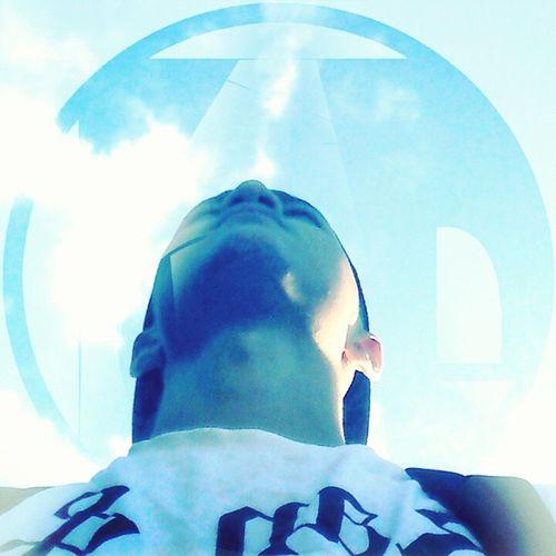Olhar na linha do horizonte e Luz aos oráculos! Oracle ORACOLUZ 30 Bluesky