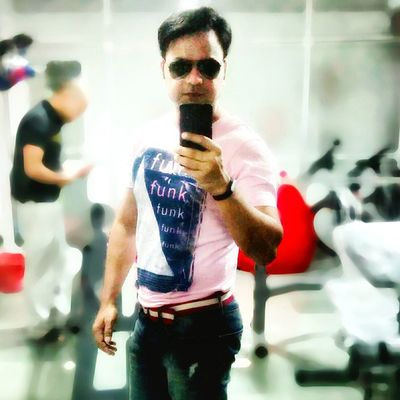I don't know how to act my age. I have never been this age before. Selfie Selfobsessed Confident  Homegym Home Junkbehind Rajeevkumar August28inc A28inc India Noida
