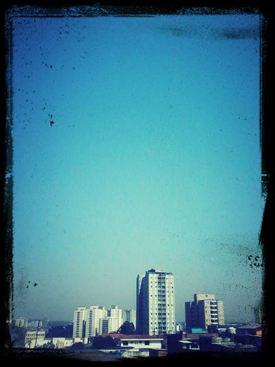Poluição. BOM DIA! City Life Saopaulocity Selvadepedra Sky