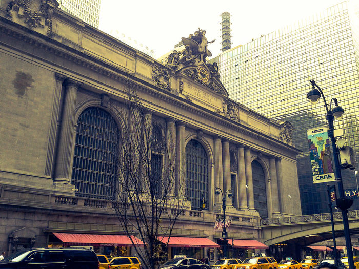 Manhattan New York City New York America United States United States Of America Central Station Trainstation Urbanexploration Built Structure Architecture Modern Railroad Station History Building Exterior Outdoors No People