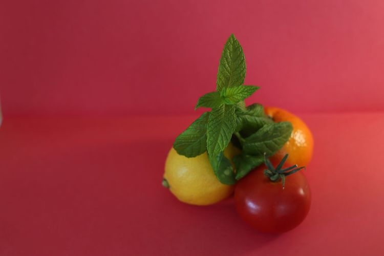 Fruit & veg Fruit Healthy Eating Food And Drink Food Red Wellbeing Freshness Colored Background Freshness Herb Leaf Ripe Vegetable Red Background No People Plant Part Juicy Nature Indoors  Tomato Studio Shot Food And Drink Red