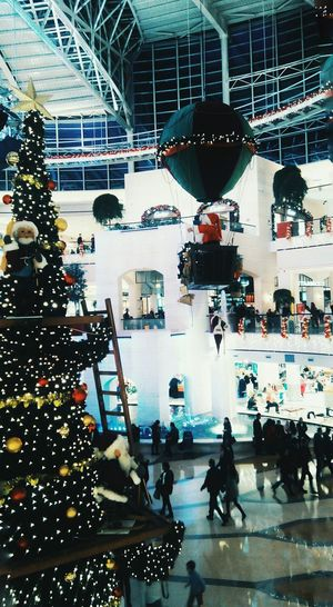 Christmas Around The World Happy Cristmas Shopping Mall