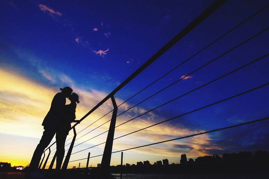 EyeMe Bestshot Couplesphotography Couple In Love Couples Shoot Sky Silhouette One Person Men Low Angle View Real People Cloud - Sky Nature Cable Sunset Connection Outdoors Beauty In Nature Night Architecture EyeEmNewHere