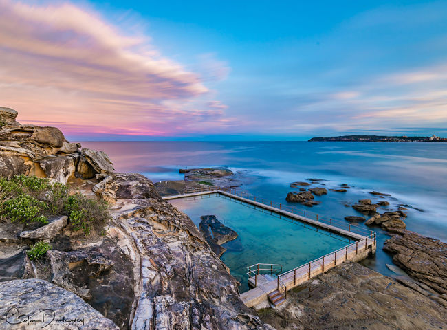 Last light at North Curl Curl headland, looking down onto the exposed rockpool. This one is definitely in one of the most spectacular locations, situated on Sydney's Northern Beaches. Beauty In Nature Cliff Cliffs Cloud Cloud - Sky Coastline Harbor Horizon Over Water Majestic Ocean Pool Scenics Sea Seascape Shore Sky Sunset Sunset #sun #clouds #skylovers #sky #nature #beautifulinnature #naturalbeauty #photography #landscape Sunset_collection Sunsets Swimming Pool Tranquil Scene Tranquility Water
