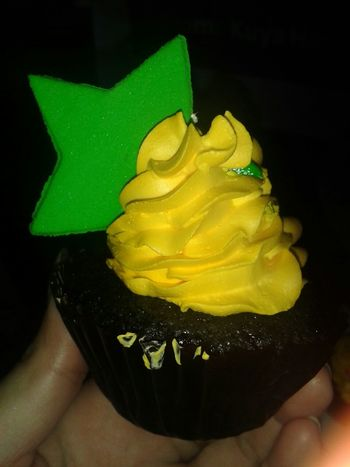 Check This Out Yummy Cupcake Taking Photos