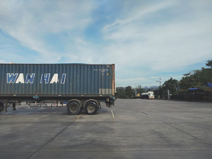 container transport truck Sky Parking Gas Station Truck Road Transportation Trucking Gasoline Stationary Truck Driver Agricultural Machinery Semi-truck Vehicle Trailer Contener Fuel Tanker