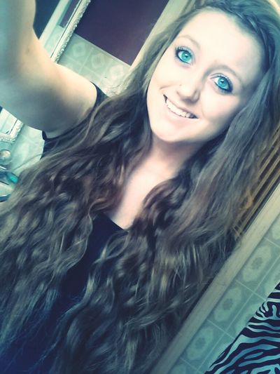 so don't you worry your pretty little mind, people throw rocks at things that shine ♥