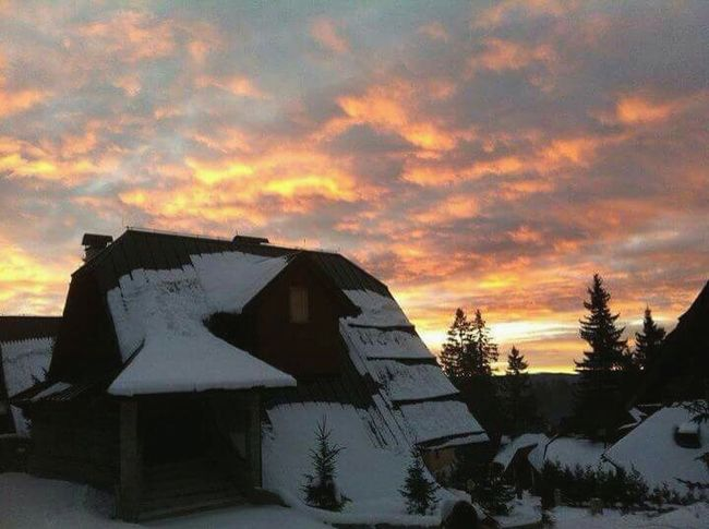 Wooden House Mountain Bosnia And Herzegovina Balkan Europe Winter2011 Vlasic Snow Sky Sunset Skycolors Beautiful Nature Skiing Vacation Throwback Travel Travelphotography Oldphoto