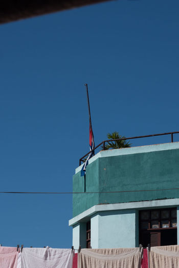 Backyard Cuba Cuba Collection Day Flag Low Angle View No People Outdoors Plaza De Cespedes Sky