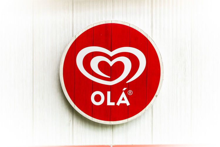 Outdoors Streetphotography Street Red Circle Shape Geometric Shape Communication Close-up Sign No People Indoors  White Color Warning Sign Design Single Object Wall - Building Feature Heart Shape Positive Emotion Information Directly Above Wood - Material Love