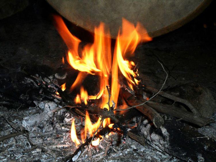 Morocco Fire Black Light Amazigh Sousse Tafraout Idaougnidif