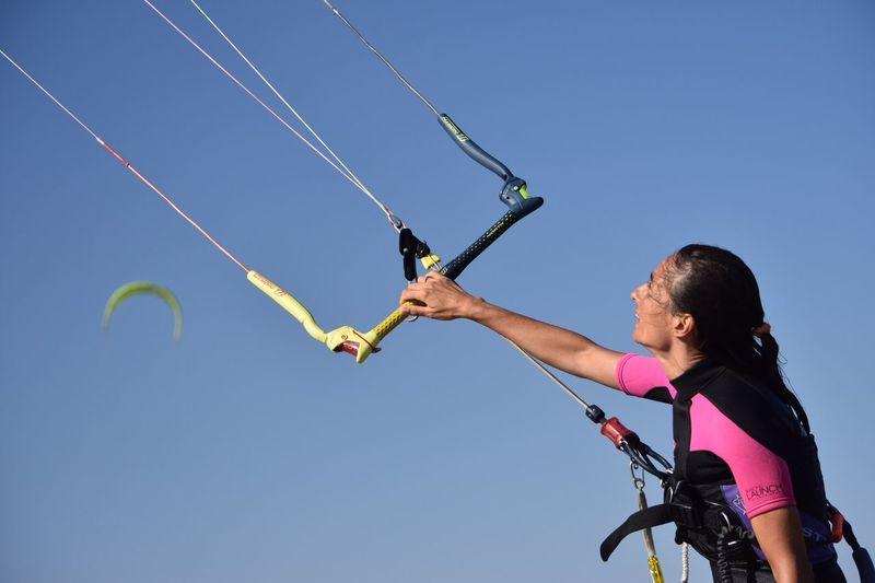 Kitesurfing The