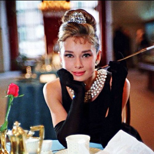 Audrey Hepburn in Breakfast at Tiffany's Movies Moviescenes Audrey Hepburn Breakfast At Tiffany's