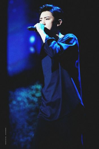 K-POP EXO Exo-K Chanyeol Park Chanyeol Singer  Music People Microphone Singing Blue One Person First Eyeem Photo