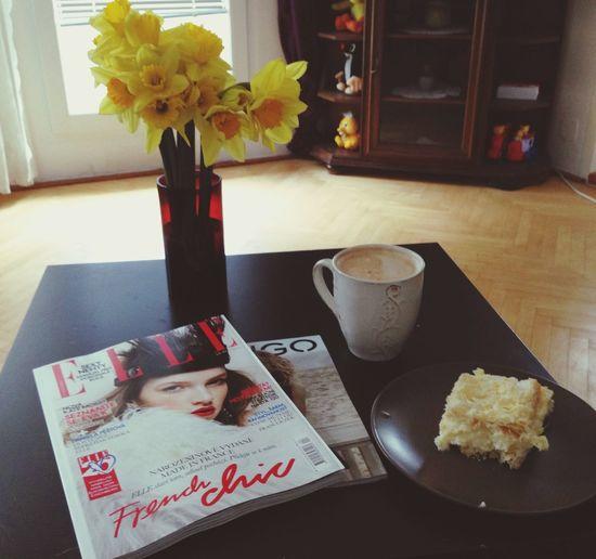 I love Sunday mornings <3 Elle Magazine Sunday Morning Relax Time