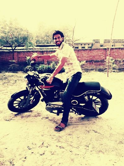 Hackerpandit Motorcycle Happiness Indian Army Indian People Dangerous Saurabh Dubey Style Attitude Lifestyles Real People Saurabh Stylish That's Me Ganster Of Love Adventure Photography With Saurabh Gangster