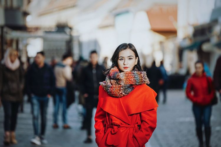Portrait Portrait Of A Woman Looking At Camera People Women City Warm Clothing Beauty Winter Cold Temperature Beautiful Woman Beautiful People Young Women Red Pretty Caucasian The Modern Professional