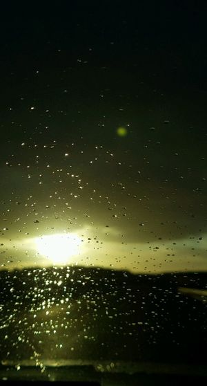 Sol Lluvia Camino Cielo Gotas Oscuridad No People Nature Outdoors Night Beauty In Nature Sky Close-up