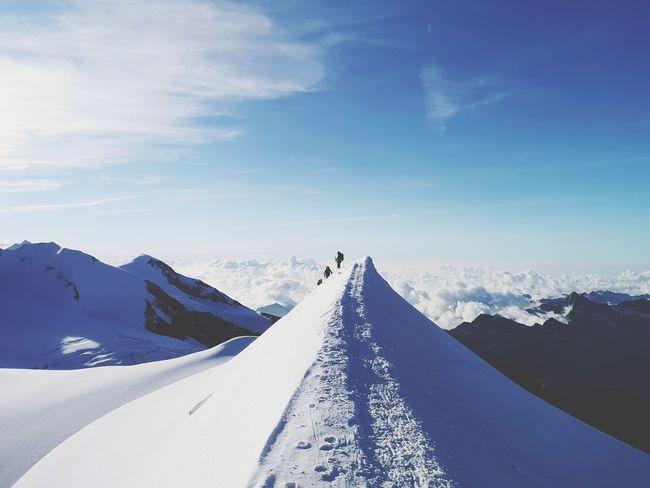 Continuo saliscendi prima dell'ultima salita. Mountain Snow Cold Temperature Winter Snowcapped Mountain Sky Landscape Mountain Range Mountain Peak Mountain Ridge Rocky Mountains