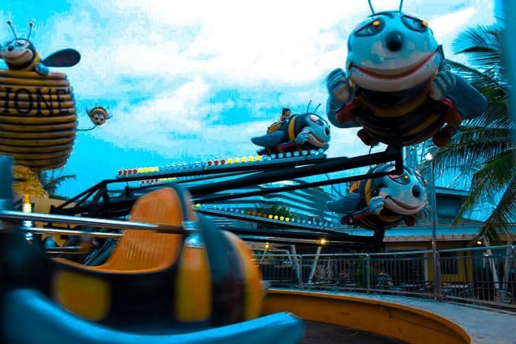 Amusement park ride Rides Bee Fun Ride Kids Fun Low Angle View No People Day Outdoors Sky Close-up Amusement Park Ride