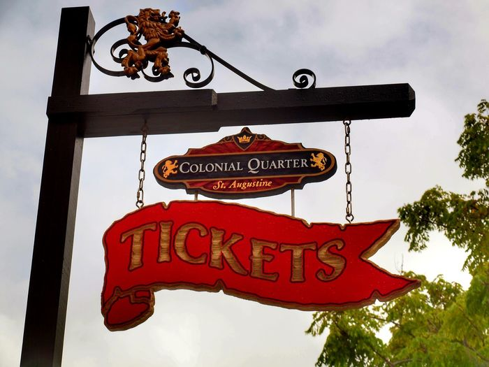 signs Tickets